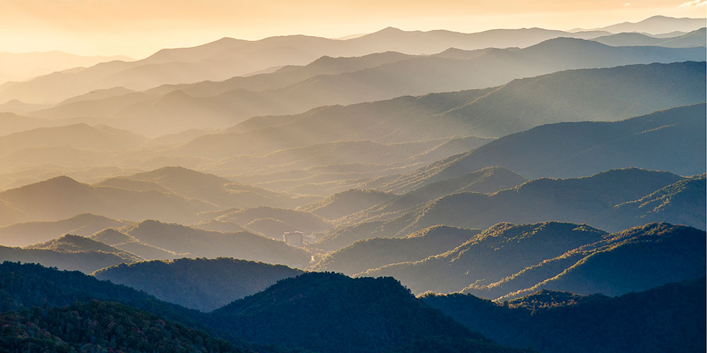 Rays and Ridges from Waterrock Knob | Photo © Robert Stevens